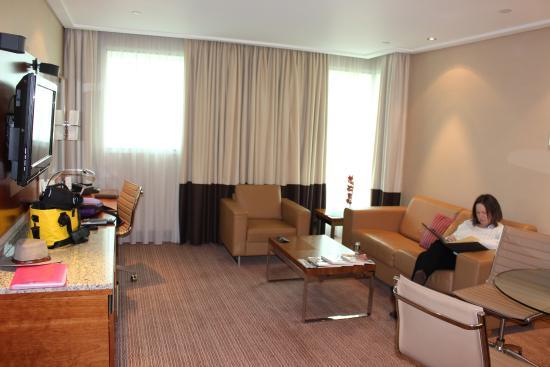 Sofitel London Heathrow : our lounge