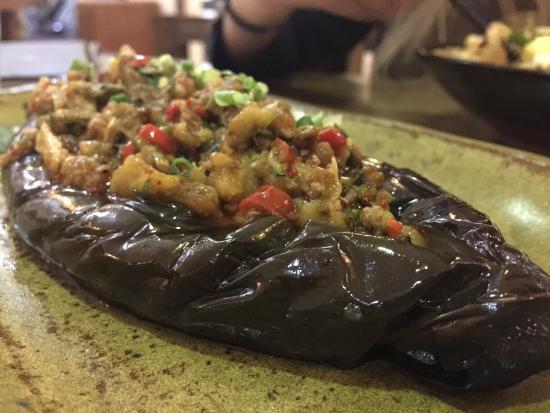 In & Out Lijiang Theme Restaurant (Sanlitun)