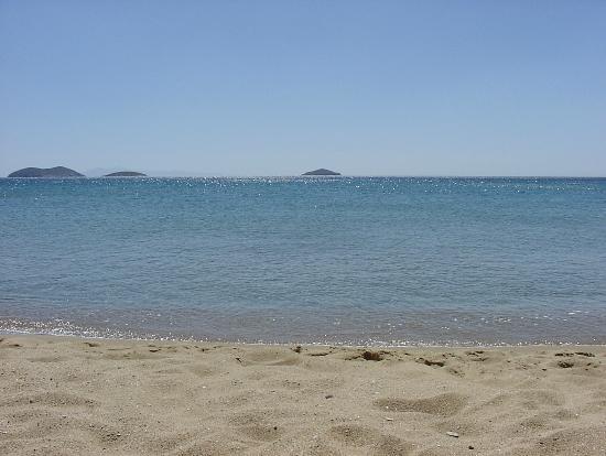 Kato agios Petros beach