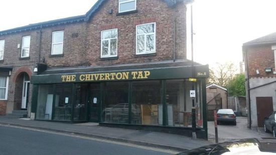 ‪The Chiverton Tap‬