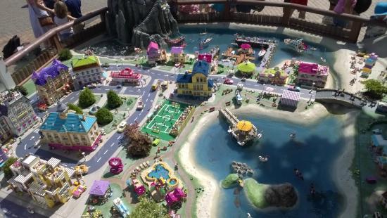 Ausmalbilder Lego Elves Drachen: Picture Of Legoland Billund, Billund