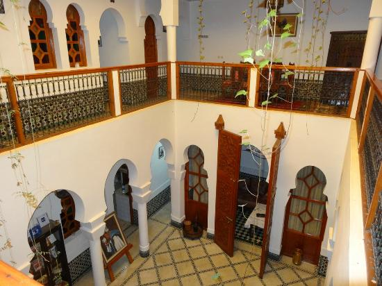 Riad Moulay: L'espace commun, le patio central.