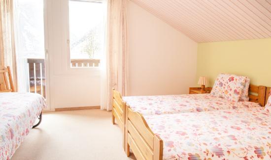 Klöntal, Suiza: Dachzimmer