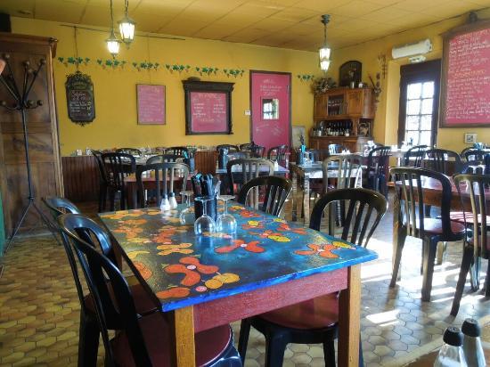 restaurant du petit lac foto di restaurant du petit lac saint egreve tripadvisor. Black Bedroom Furniture Sets. Home Design Ideas