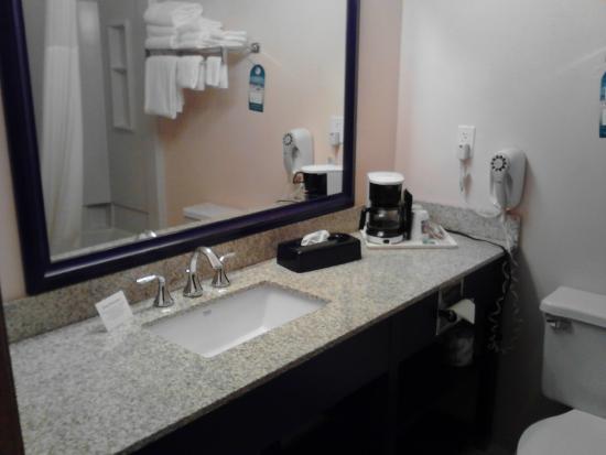 Comfort Inn : Room 105