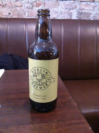 The Larder Restaurant & Brew House: Cerveza Rubia
