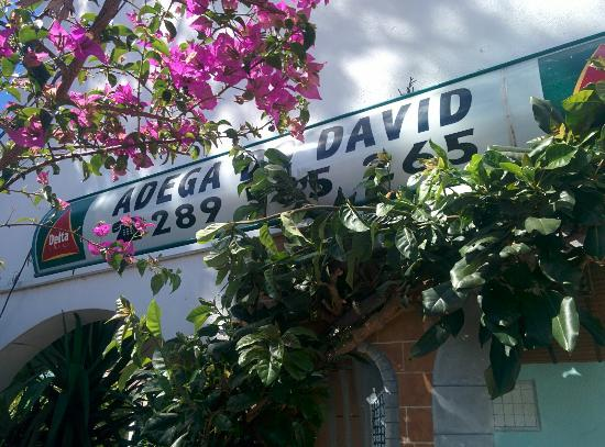 Adega do David: Great food, great value, great service.