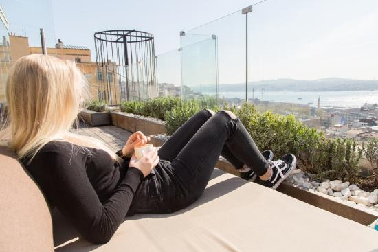Georges Hotel Galata: Rooftop Terrace