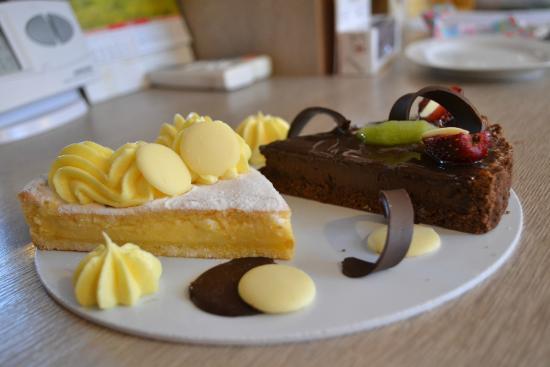 Amaretti Pasticceria Italiana: Torta della Nonna + Torta al cioccolato