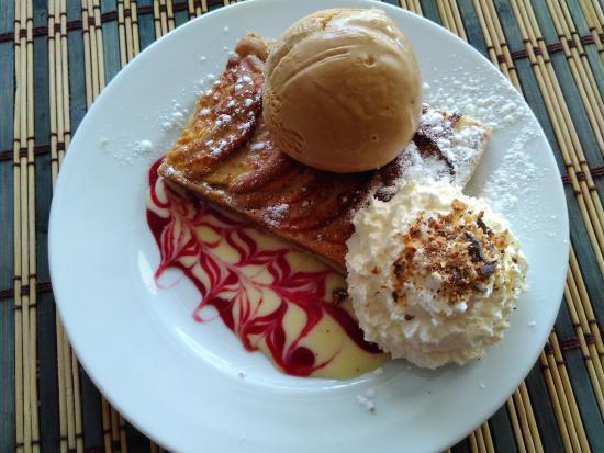 Le Croc'Odile : tarte pommes, boule de glace caramel salé