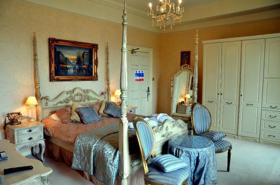 La Haule Manor: Example Superior Room
