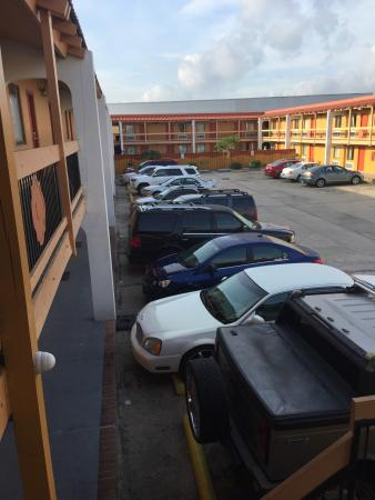 Rodeway Inn & Suites : It's just your regular basic hotel