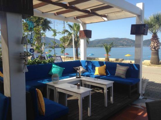 Bambu Restaurant & Bar : Ready for the night