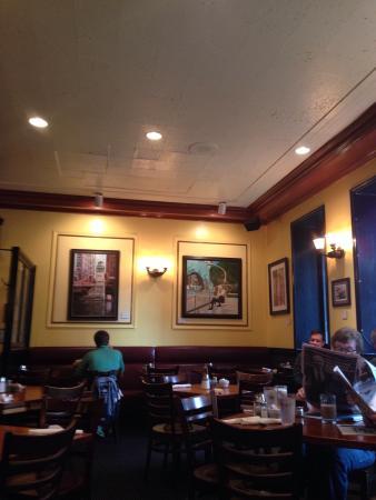 3rd Coast: Dining room