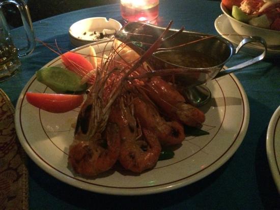 Warung Sabar: Grilled King Prawns with garlic