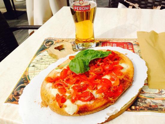 Kontatto Cafe: Bruschetta