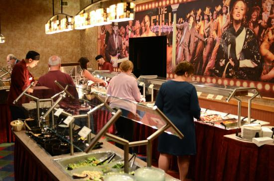 Dutch Apple Dinner Theatre: Enjoy a meal from our delicious hot buffet which includes gluten free options!