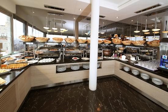 Restaurant Breakfast Picture Of Cartoon Hotel Istanbul Tripadvisor