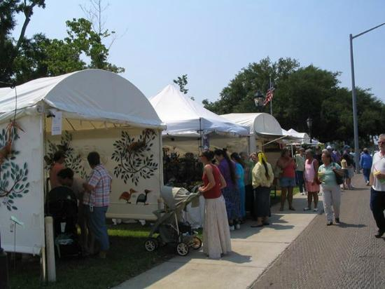 Foley Art Center: Art in the Park each Mother's Day Weekend in John B Foley Park Hwy59