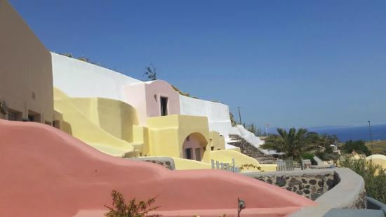 Ambelia Traditional Villas: The sea view villas from the outside - beautiful!