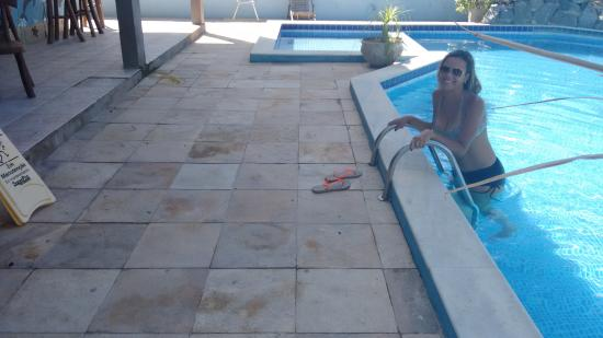 Pousada Blue Viking: na piscina.