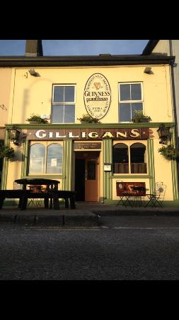 Claremorris, Irland: Craic and pints what more could one want?