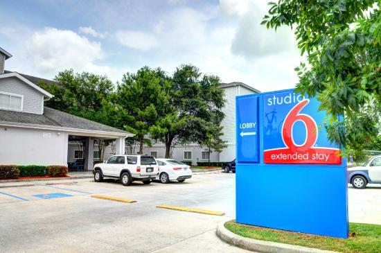 Studio 6 New Orleans