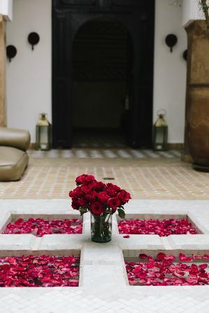 Riad Magellan Yoga: Main Courtyard