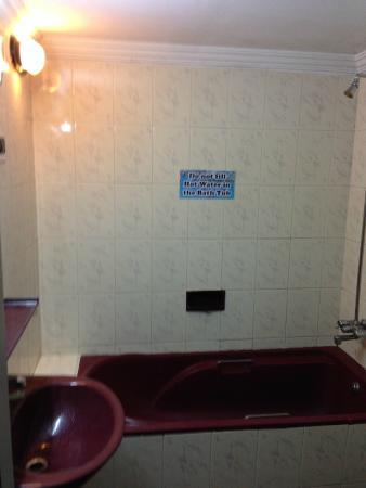 Villa Anjuna: Bathroom