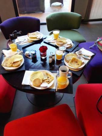 El desayuno es la comida mas importante del día.
