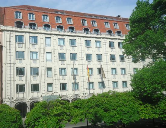 Hotels Near Gendarmenmarkt