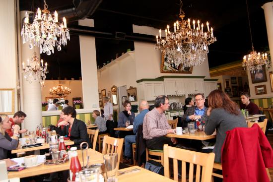 Mother's Bistro & Bar: Main Dining Room