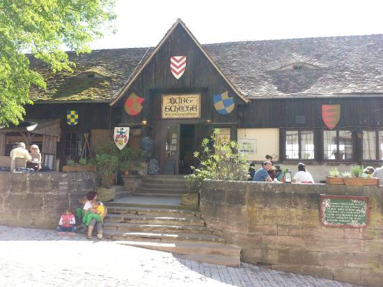 Beste Spielothek in Leuchtenburg finden