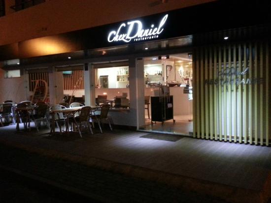 Chez Daniel by night