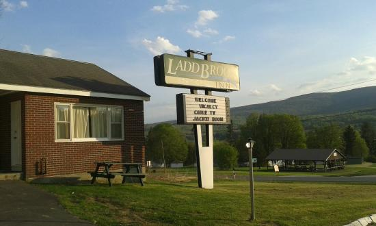 Pownal, VT: Our room from outside