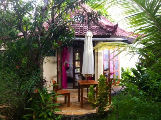 Shambala Oceanside Retreat: Temple Bungalow