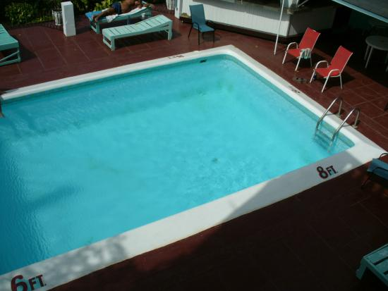 Eddie's Tigress II: Pool is not cleaned every day and is dirty.