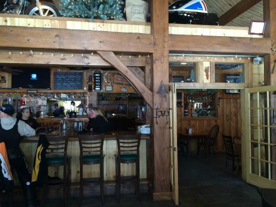 Pine Junction: Bar Area
