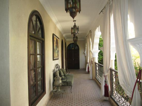 Riad Nabila: Our balcony