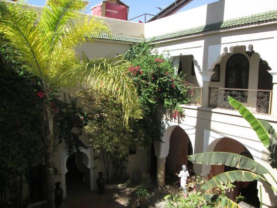 Riad Nabila: Courtyard