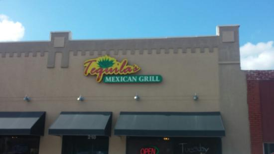 Valley Center, KS: Tequila's Mexican Grill
