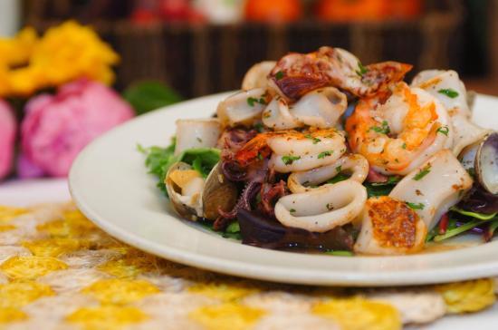 Frutti Di Mare - grilled seafood salad - Picture of Campo di Fiori ...