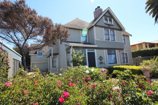 Photo of Old Thyme Inn Bed and Breakfast Half Moon Bay