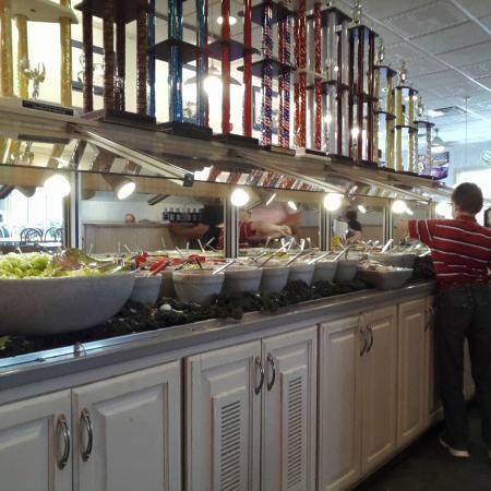 Tonys Restaurant Salad Bar At Tony S