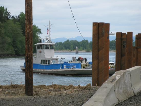 ‪Wahkiakum County Ferry‬