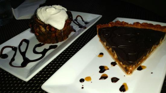 Something Sweet Dessert Cafe: Difficult decisions