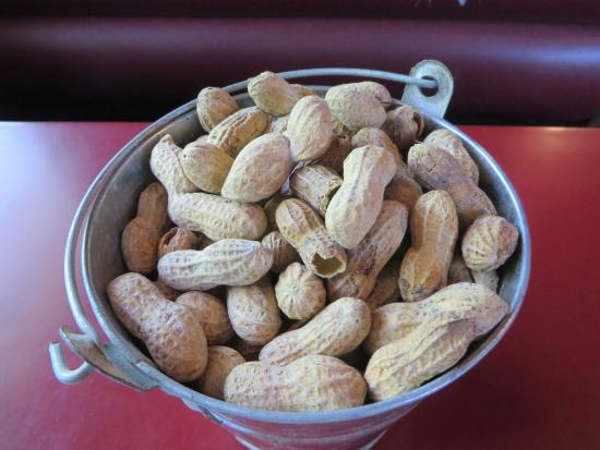 Original Roadhouse Grill: peanuts