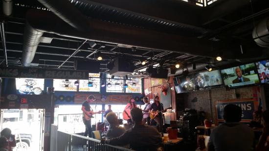 Photo1 Jpg Picture Of Tin Roof Nashville Nashville