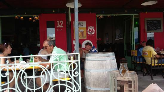 El 32 Restaurante Parrilla