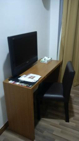 Dormani Hotel: Workspace if one really needs to..